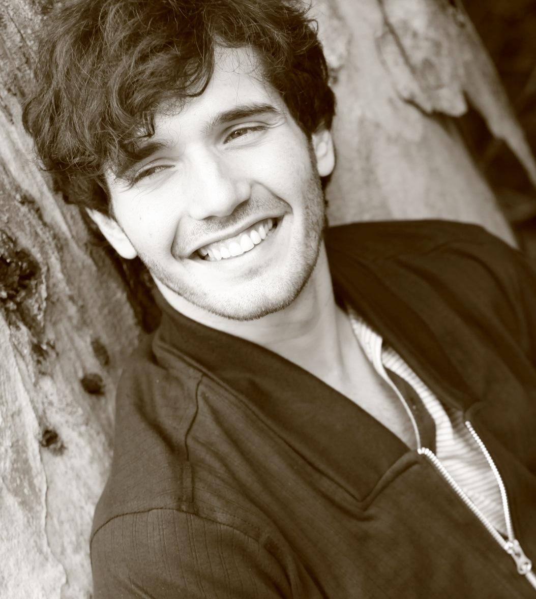 Actor- Tomas Decurgez