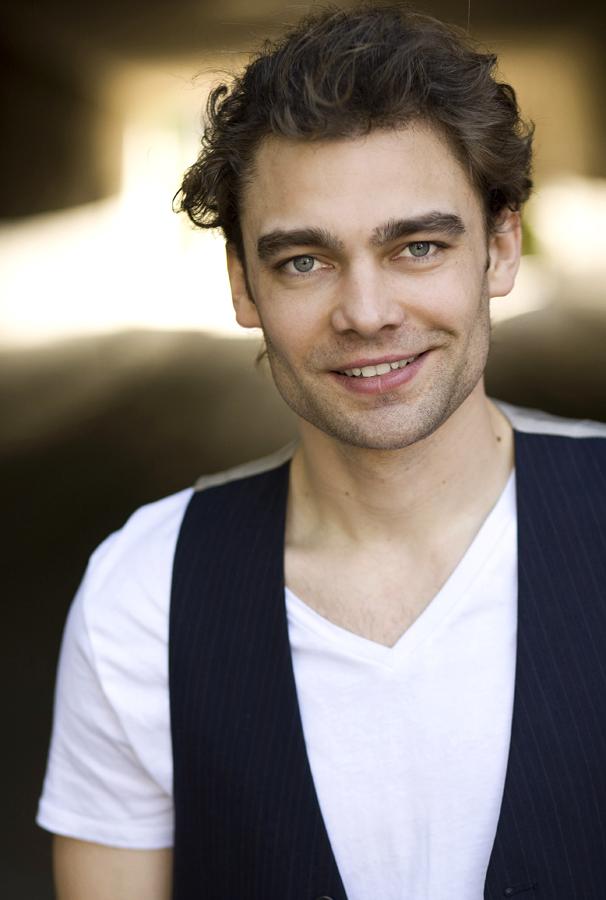 Actor- Frederik Hamel